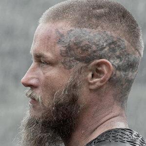 Ragnar Lothbrok geschoren haar